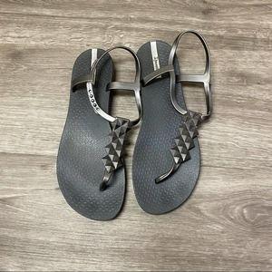 Ipanema Cleo Shine Silver T-Strap Studded Sandal 9